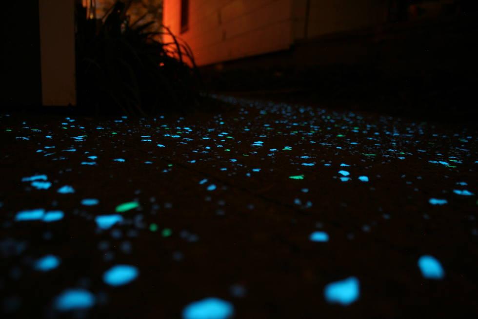 WNY glow stones